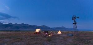 Stoecklein image camping sur prairie